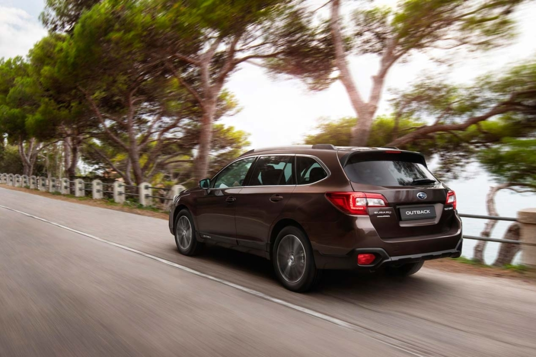 Subaru Outback Executive Plus S 2