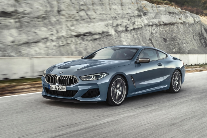 P90306611_highRes_the-all-new-bmw-8-se.jpg