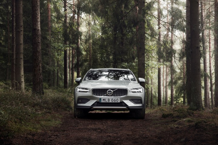 Volvo V60 Cross Country 2019 infoblogmotor.com