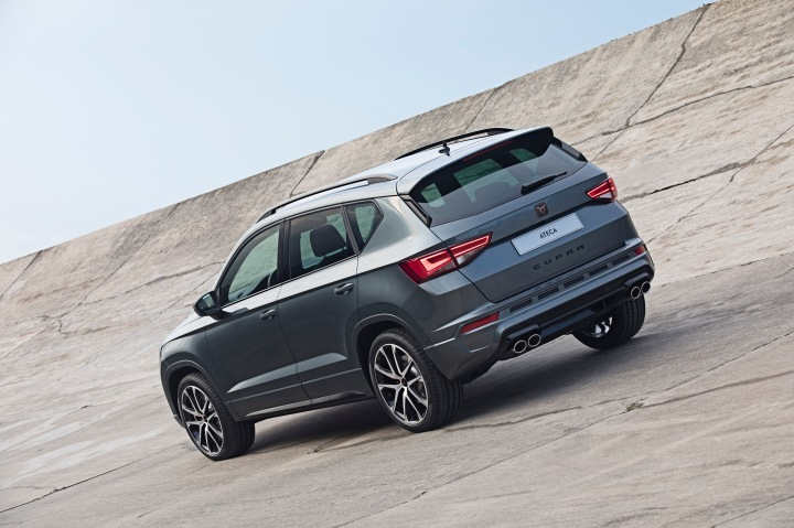 El-CUPRA-Ateca-ya-esta-disponible-en-la-red-comercial_003_HQ