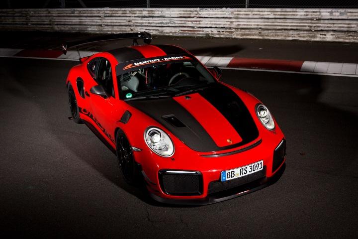 PORSCHE GT2 RS MR infoblogmotor.com