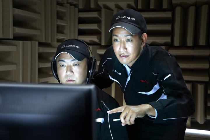 LEXUS UX 250h infoblogmotor.com