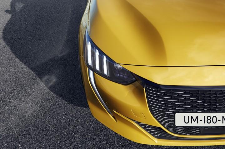 Peugeot 208 2019 2560_3000 (12)
