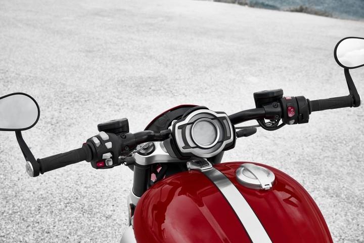Triumph Rocket 3 - infoblogmotor.com
