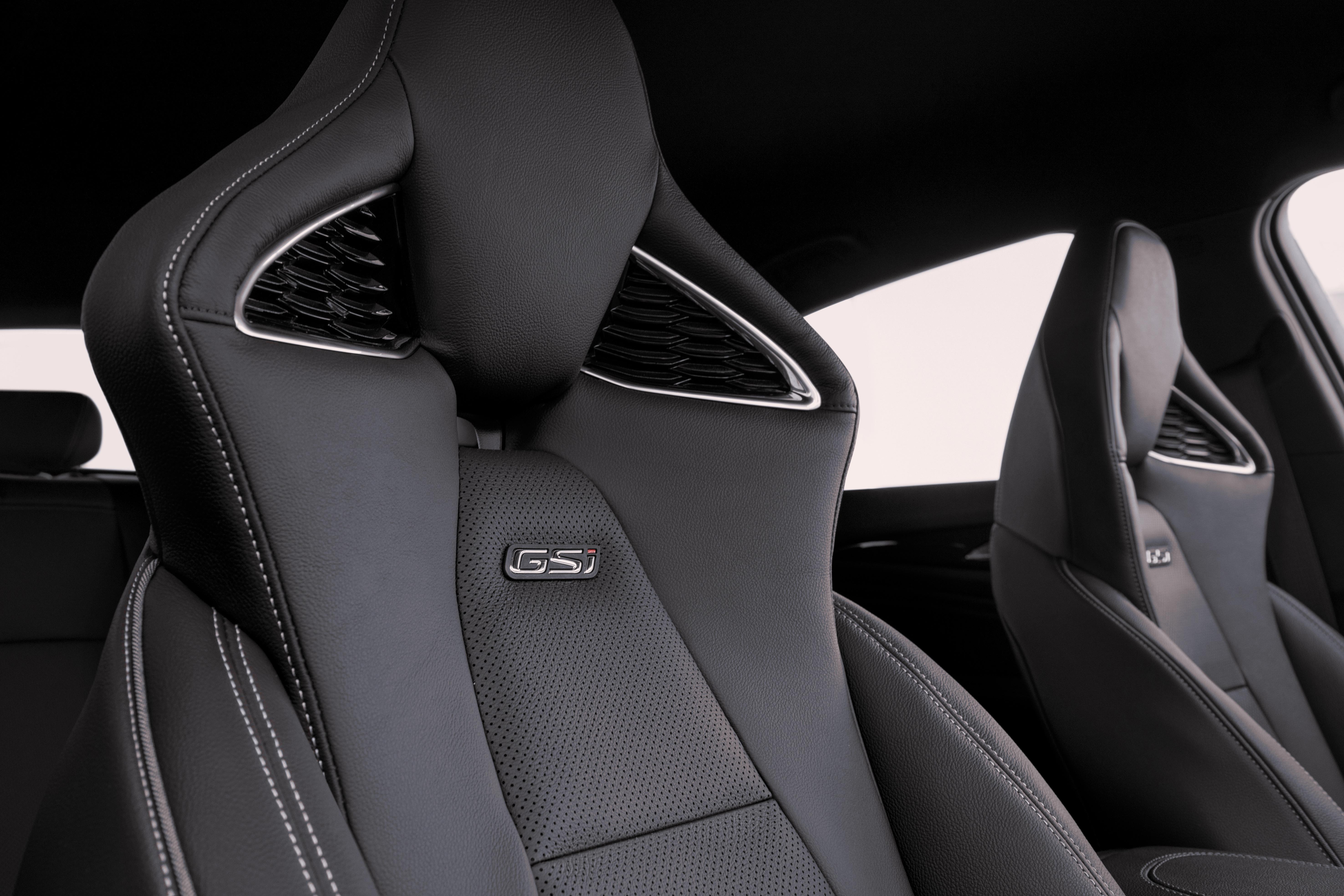 Opel-Insignia-GSi-501631