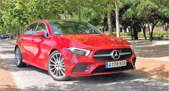 Mercedes Benz A250 4-MATIC infoblogmotor.com