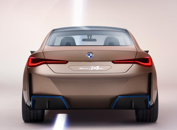 BMW i4 Concept 2020 infoblogmotor.com