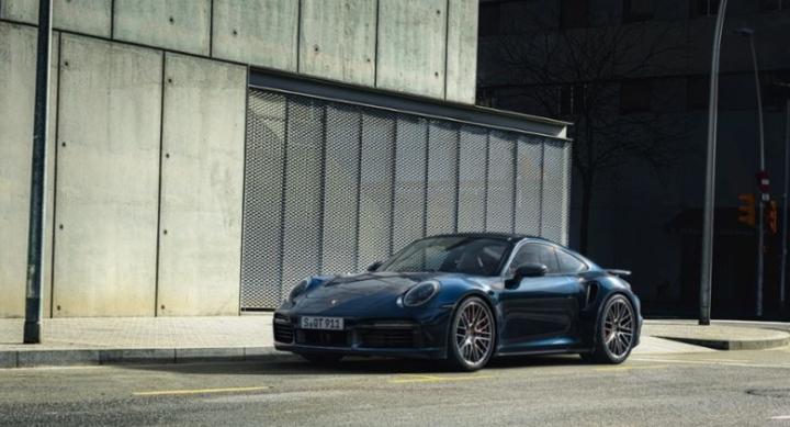 Porsche 911 Turbo INFOBLOGMOTOR.COM 2020